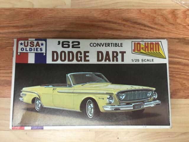 Johan 1/25 1962 Dodge Dart Convertible