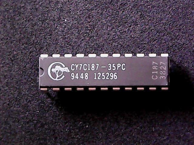 Cache-RAM statischer Speicher CY7C187-15PC 64Kx1 15ns DIP22 von Cypress