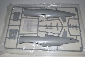 TRUMPETER-F4U-4-CORSAIR-02222-PARTS-SPRUE-A-FUSELAGE-MORE-1-32
