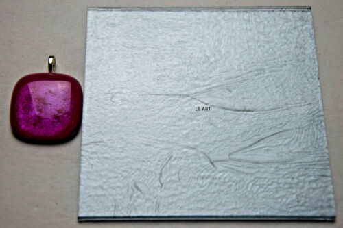 "TRANSPARENT STRIKER LIGHT PINK NON-IRID 4/"" x 4/"" FUSIBLE BULLSEYE GLASS 90 COE"