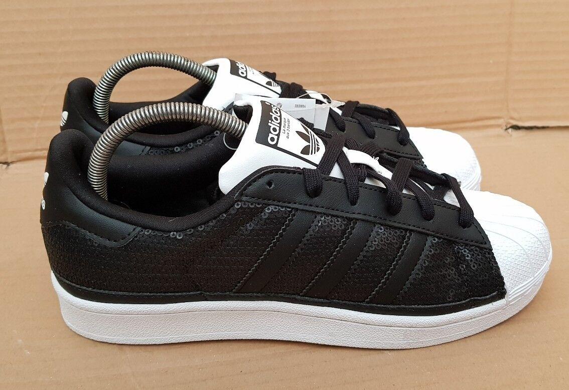 Nuovo di Zecca splendido Adidas Superstar Scarpe da ginnastica Shell Unito Punta Misura 6 Regno Unito Shell Nero Paillettes 1ae3e1