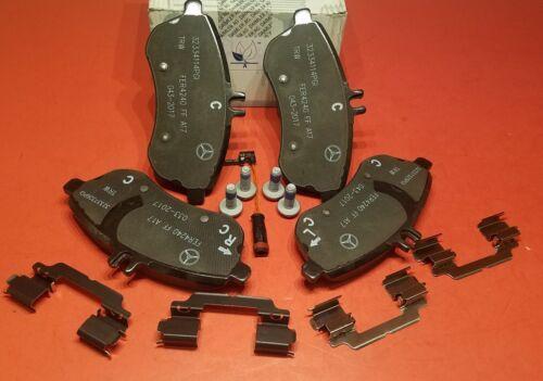 NEW Mercedes Benz Front Brake Pad Set W// Sensor Genuine C250 C300 4MATIC