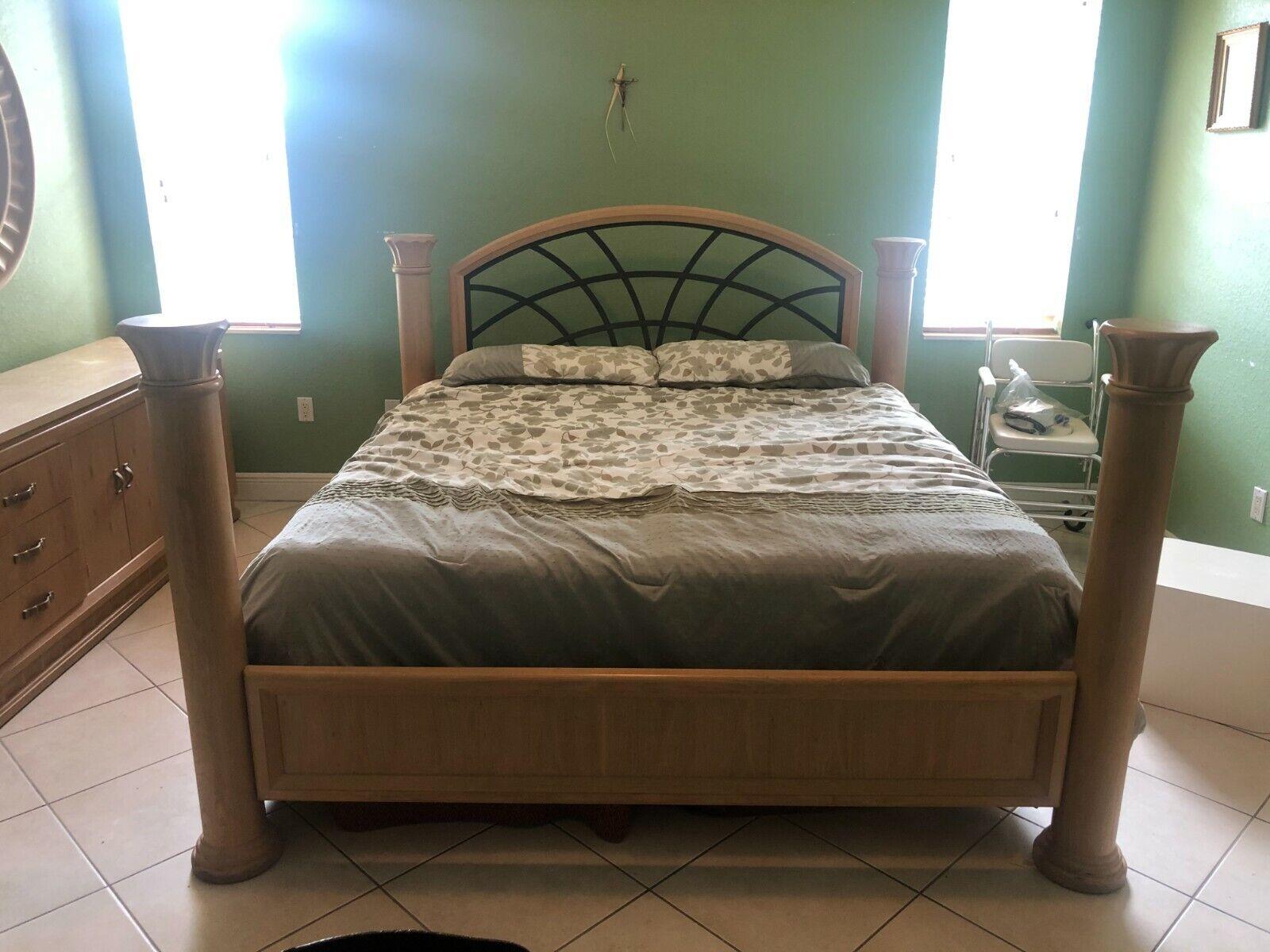 Thomasville Furniture Deschanel Bedroom Suit King Bed Dressers Chest Nightstands For Sale Online Ebay