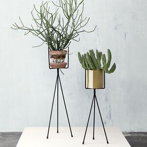 ferm-LIVING-Plant-Stand-Black
