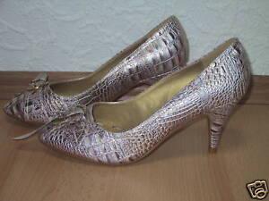 Sandalette-aus-Kunstleder-High-Heel-im-Peeptoe-NEU-Gr-41-super-edel