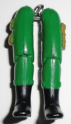GI Joe Body Part 1997 Grunt V4           Right Arm          C8.5 Very Good