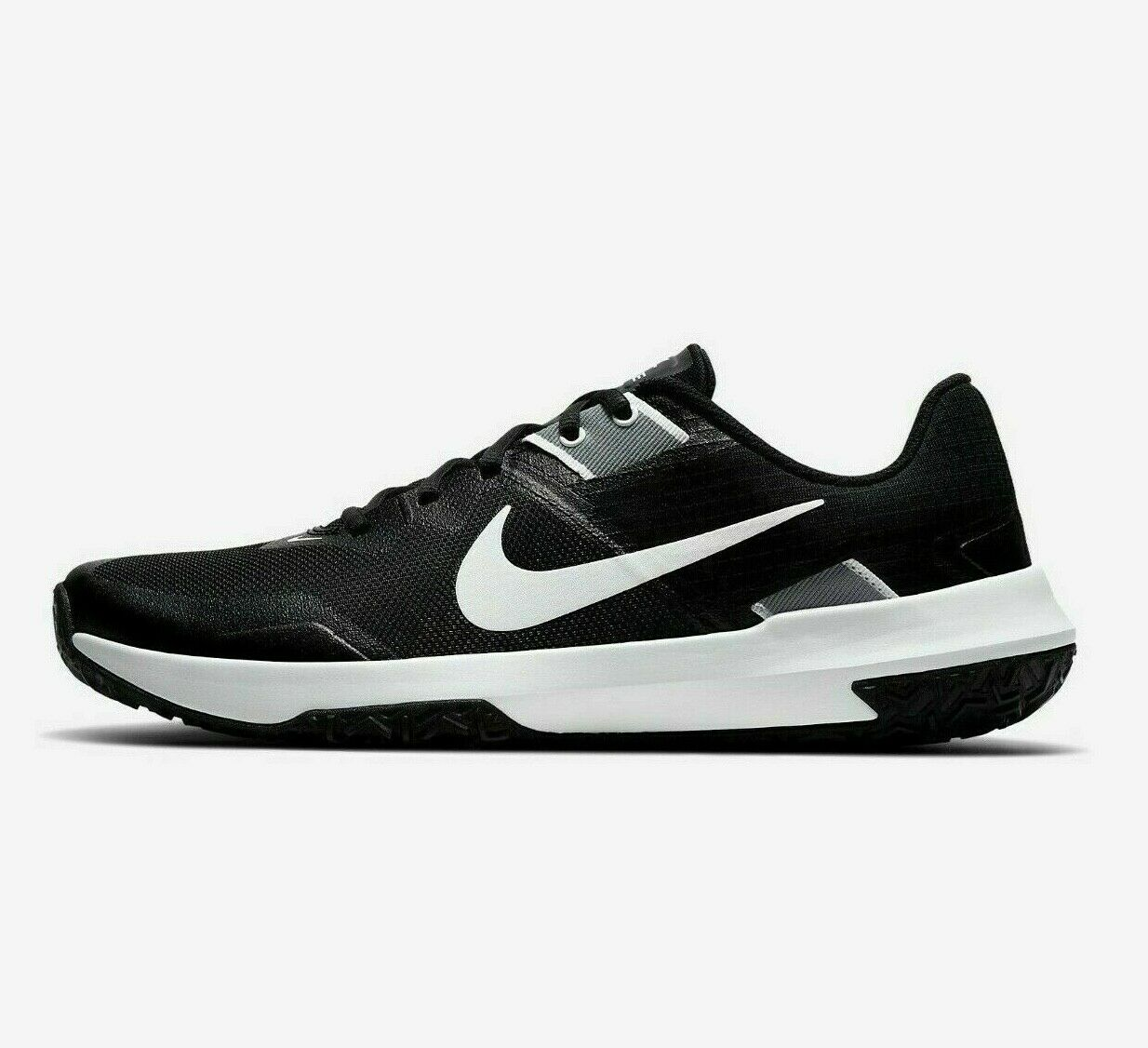 Nike Varsity Compete TR Shoes for Men