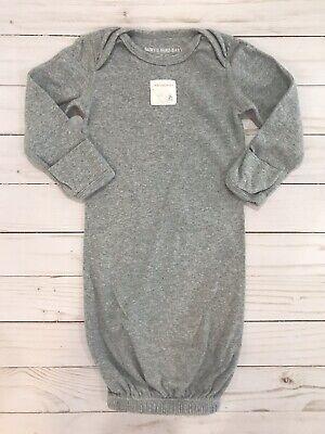 Unisex Sleeper Gown /& Hat Set 0-6 Months 100/% Organic Cotton Burts Bees Baby One Size