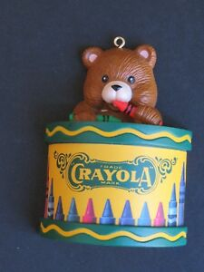 1999-Hallmark-Crayola-Teddy-Bear-Drummer-Ornament-Teddy-Bear-Playing-Drum-c9