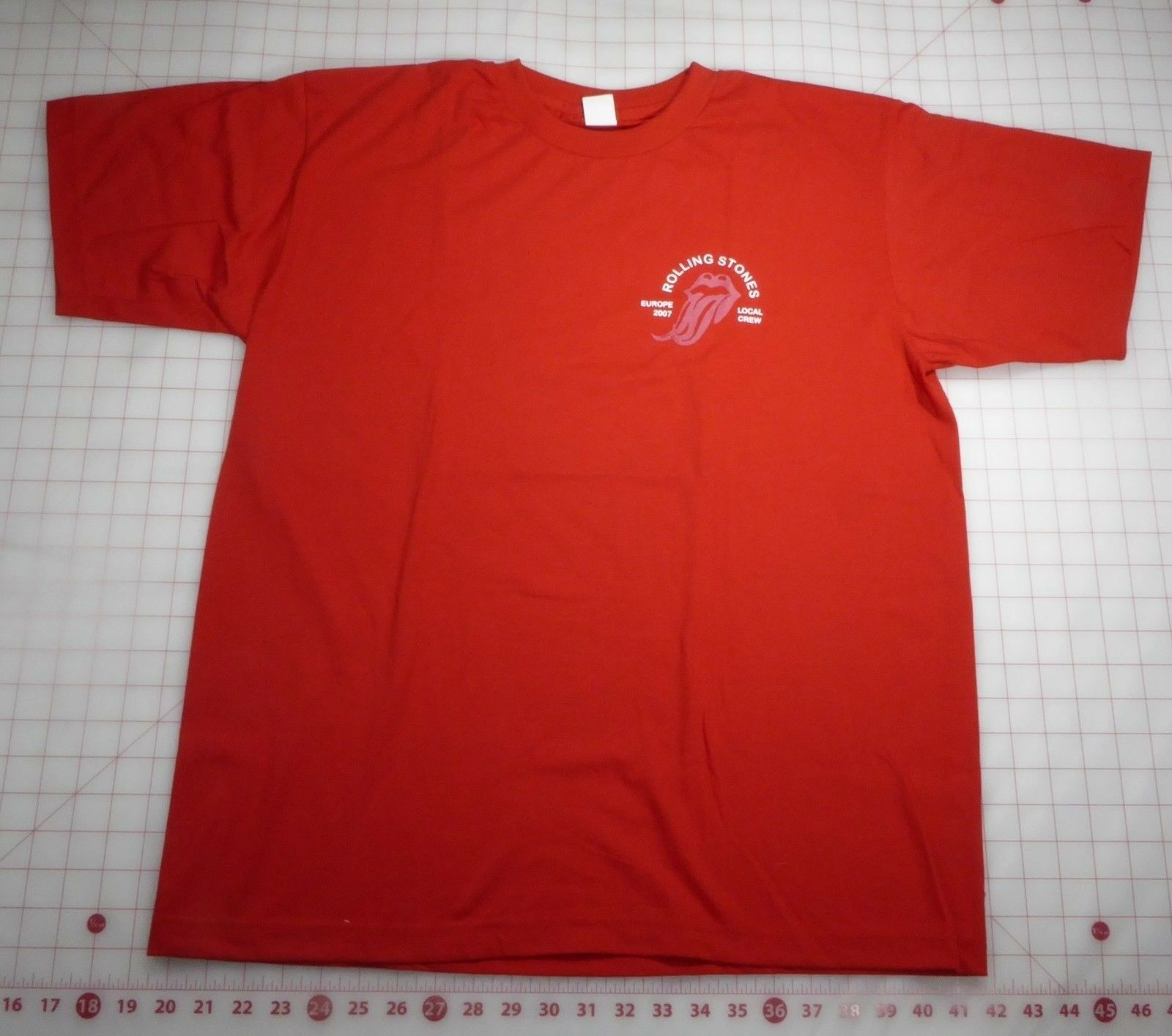 Rolling Stones T-Shirt XL ROT European 2007 Forked Tongue Local Crew RARE