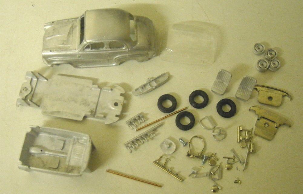 Austin A35 Road et voitures de rallye 1   43e maquettes par k & r répliques