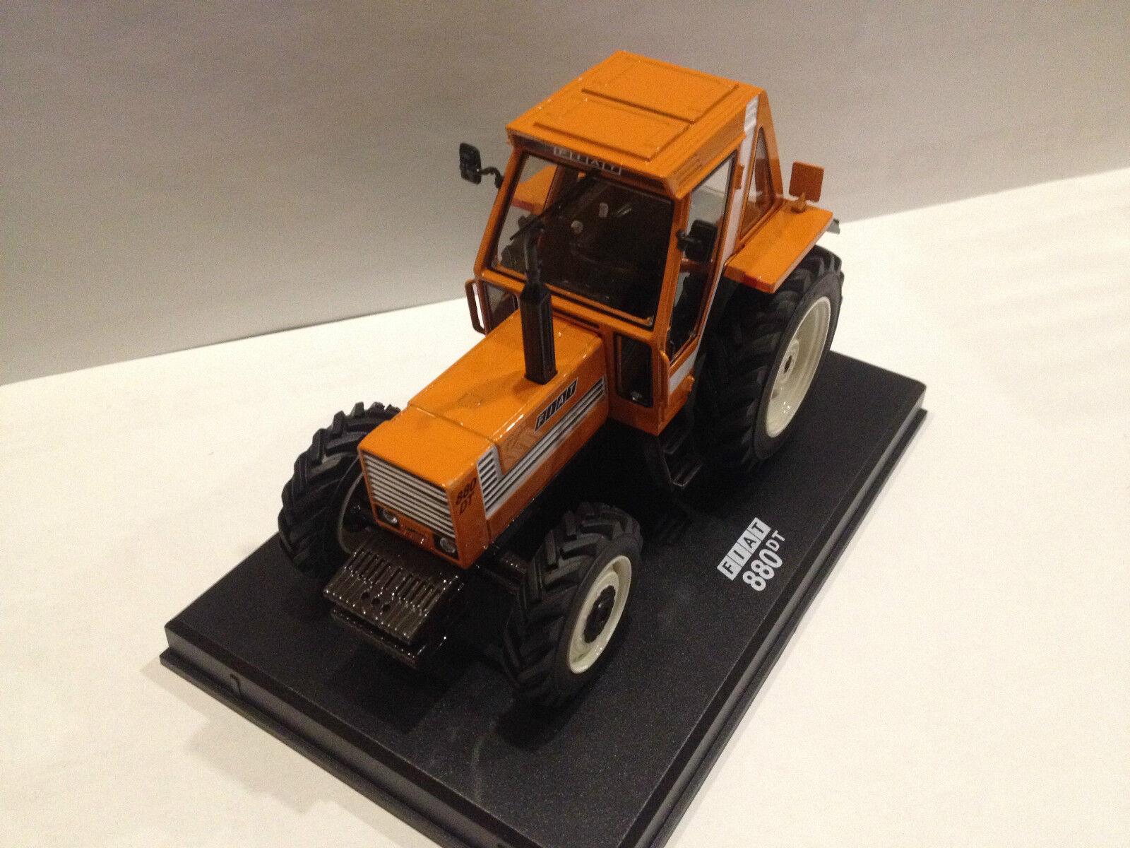 Replicagri 1 32 Die Cast New Holland Agriculture Fiat 880DT