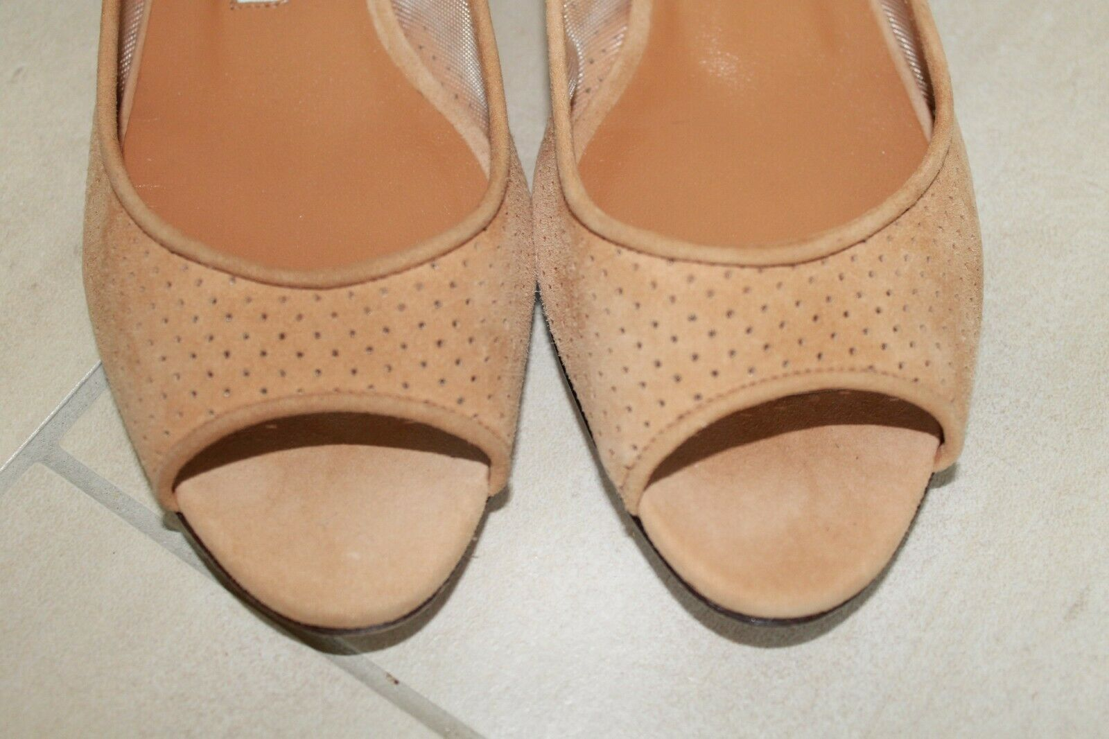 825 NEW MANOLO MANOLO MANOLO BLAHNIK Beige Brown Perforated Suede Peep toe Flats SHOES 36.5 6 41d58e