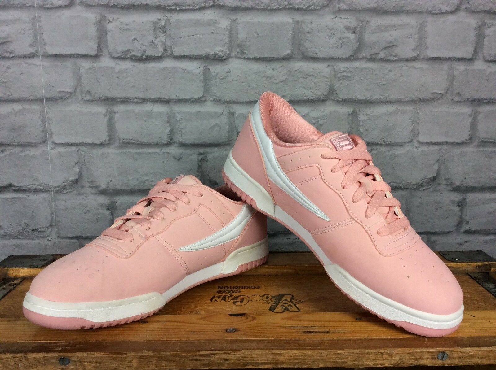 FILA UK 8 EU 42 OG FIT PINK LUX PINK FIT Weiß LEATHER TRAINERS  Herren LADIES PASTEL SUEDE 5fae29