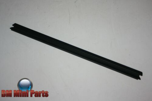 BMW E90 Rear Left Door Inner Weatherstrip 51347060247
