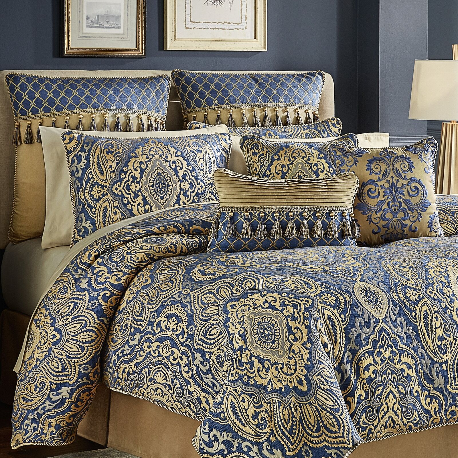 Croscill Allyce Comforter Set Queen Blau
