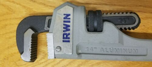 2-Inch Jaw Capacity IRWIN  #2074114 14-Inch Cast Aluminum Pipe Wrench NEW