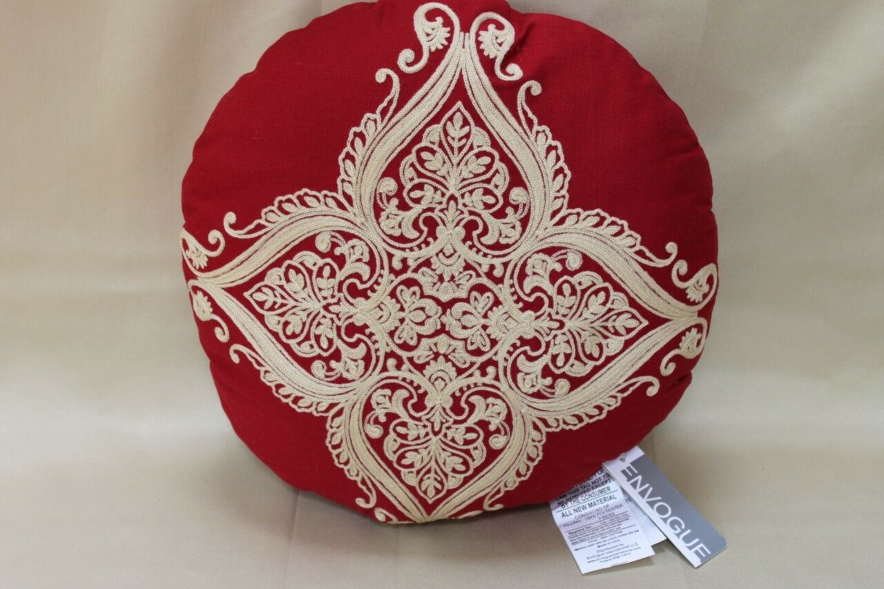 ENVOGUE  PAISLEY ROYALE  ROUND DECORATIVE EMBROIDERED PILLOW - 16  RED TAN