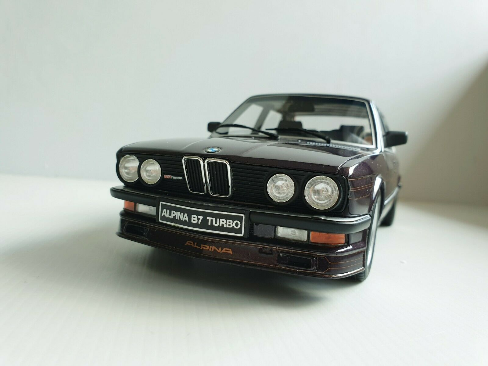 punto de venta de la marca BMW Alpina B7 S E12 Turbo 1 18 Otto mobile mobile mobile OT152 púrpurat  calidad oficial
