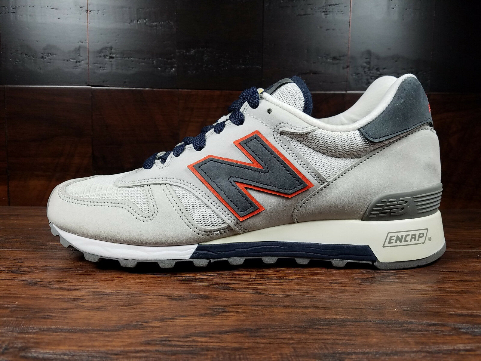 New Balance M1300GGO - USA 1300 (Grey   Navy   orange) MENS 7.5 (SAMPLE)