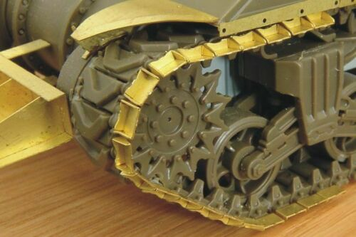 Hauler Models 1//72 DUCKBILLS M4 Sherman Tank Treads Photo Etch Detail Set