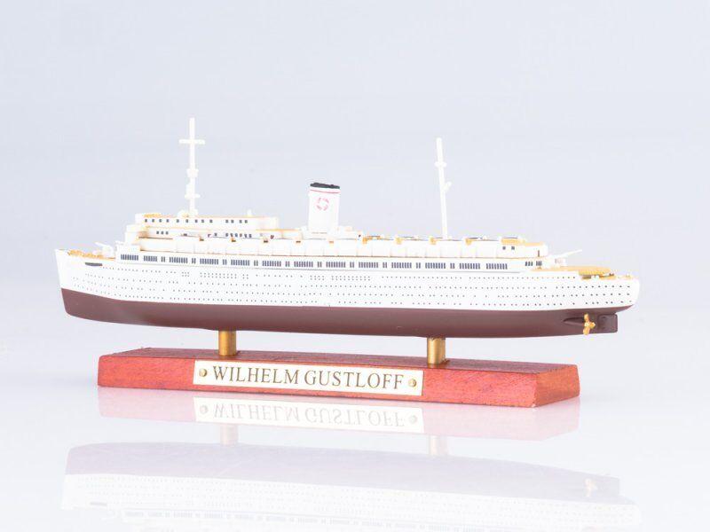 Scale model of the ship 1 1 1 1250 Wilhelm Gustloff 59139c