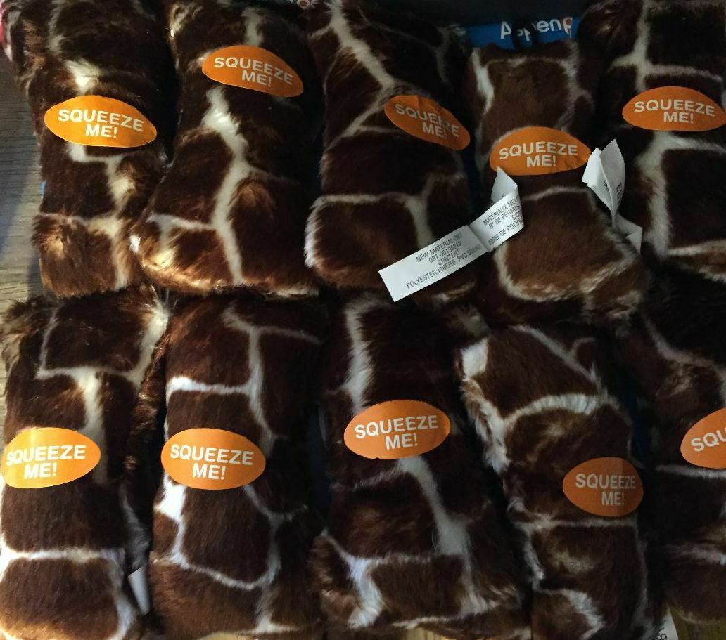 LOT OF 50 NEW STYLE - BOODA SKINS 5  SOFT GIRAFFE BONE SQUEAKER DOG TOY DEEP rot