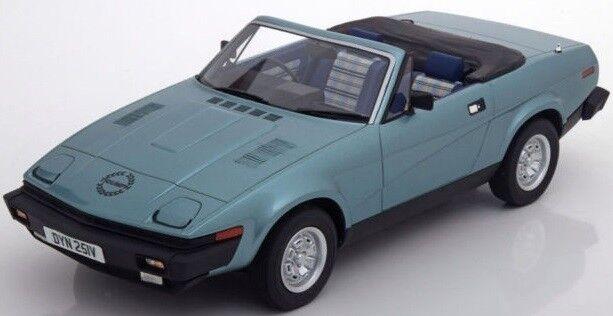 CSM0702  Voiture cabriolet TRIUMMP TR7 DHC de 1980 Coloreee blue