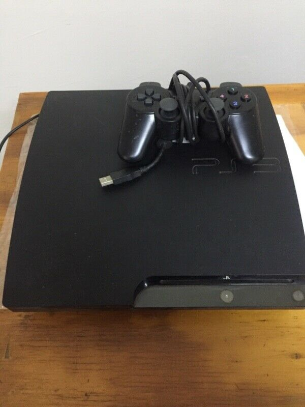 PS3 500GB with 1 remote. No games. In very good working order.