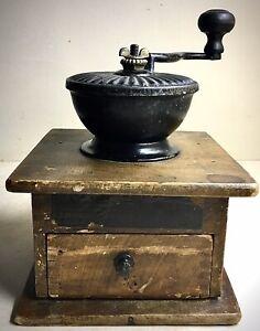 Antique-Favorite-Mill-Arcade-Mfg-Co-Coffee-Mill-Grinder