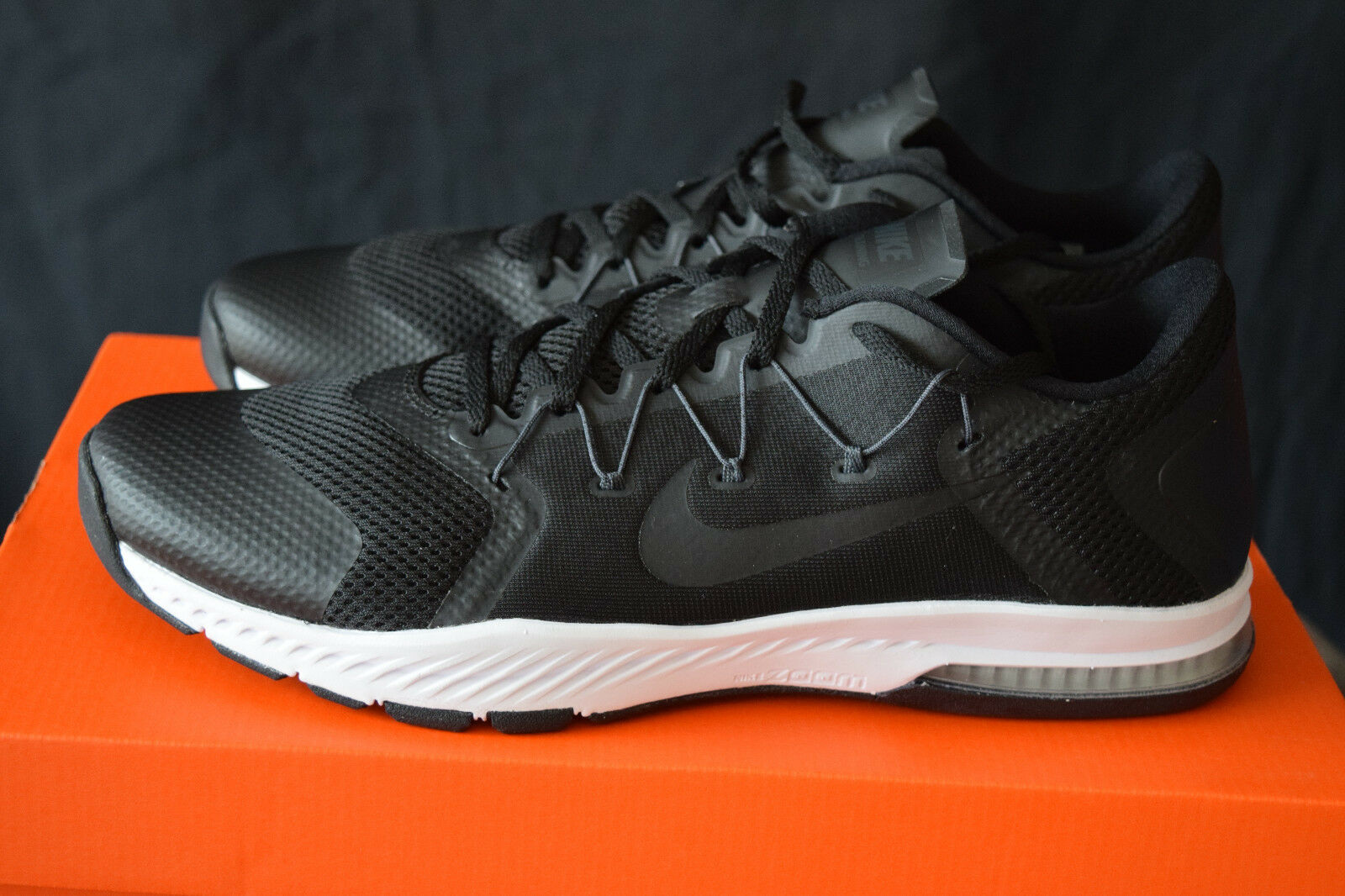 New In Box Nike Zoom Train Complete Mens Running Shoes Shoes Running Sz 11 Black, White b71f37