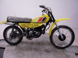 1977-Yamaha-DT100-Unregistered-US-Import-Barn-Find-Classic-Restoration-project