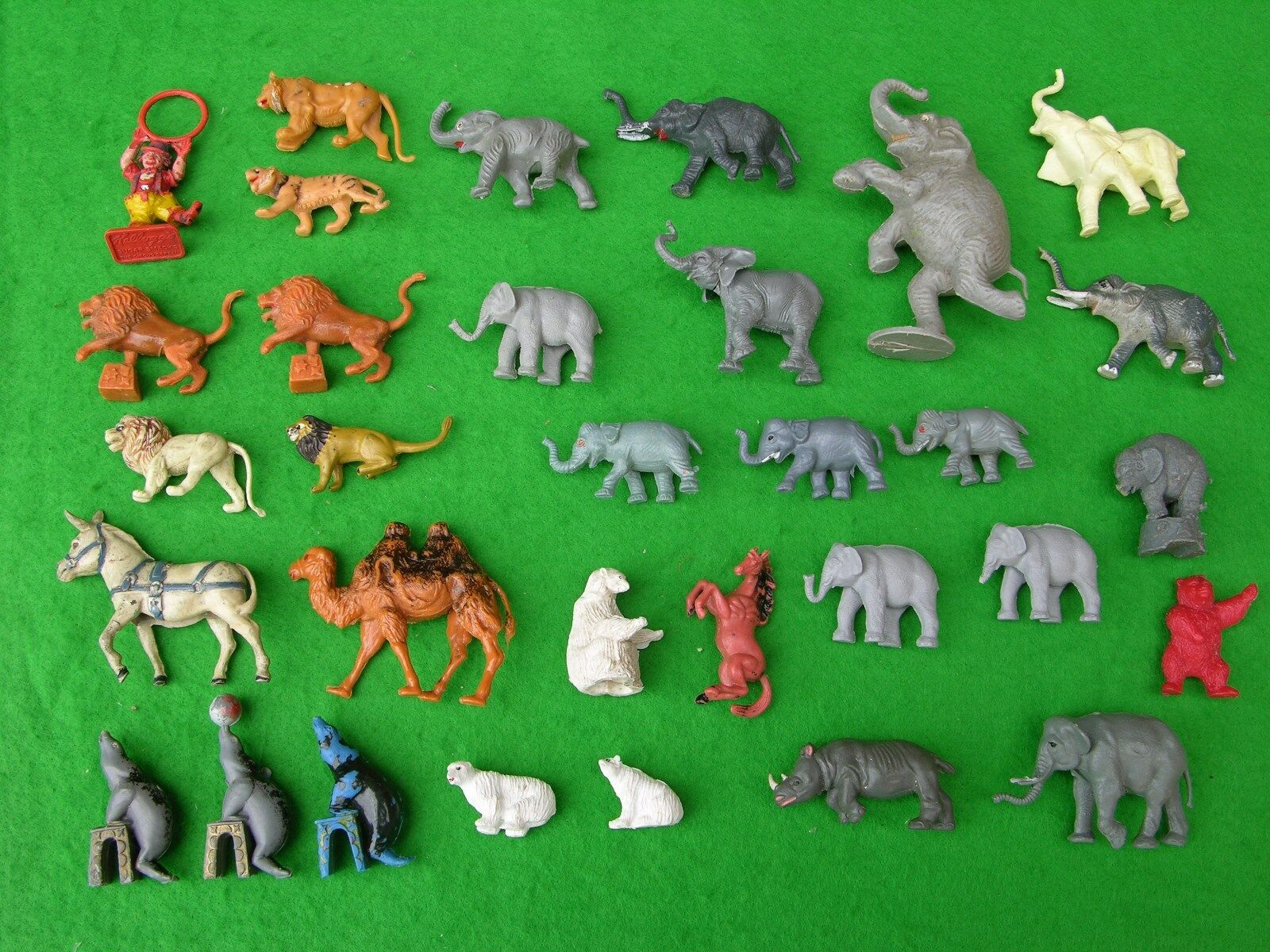 BRITAINS & OTHER BRANDS ZOO ANIMALS, LARGE CIRCUS  SET