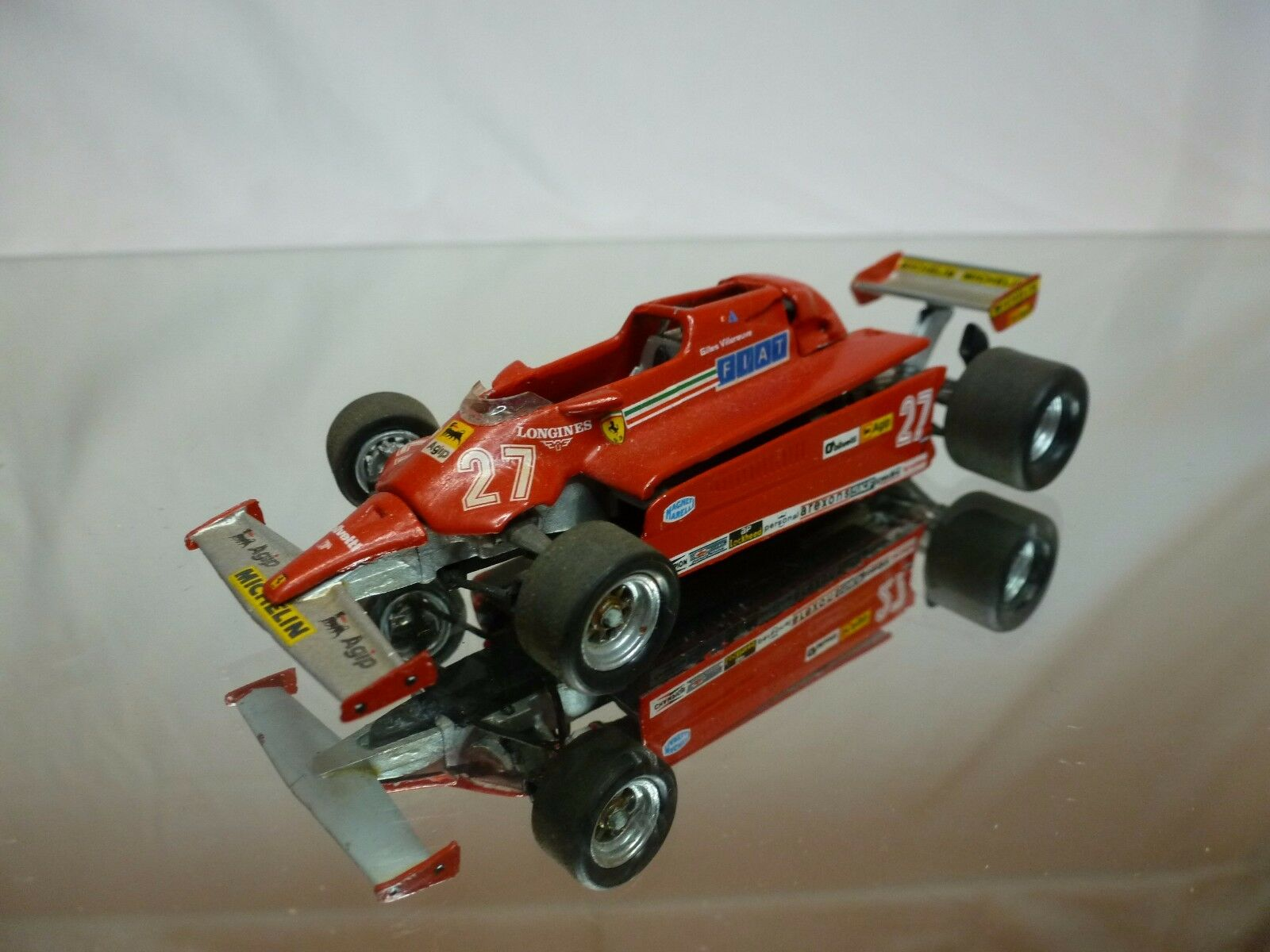 KIT (built) FERRARI 126C 1981 - GILLES VILLENEUVE No 27 - F1 RED 1 43 - NICE