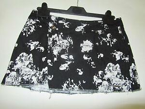 Black-amp-White-Micro-Mini-Skirt-by-Ben-Sherman-in-Size-Large-16-BNWT-Waist-36-034