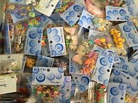 **CLEARANCE** DRESS IT UP Buttons / Embellishments **Huge Choice of designs**