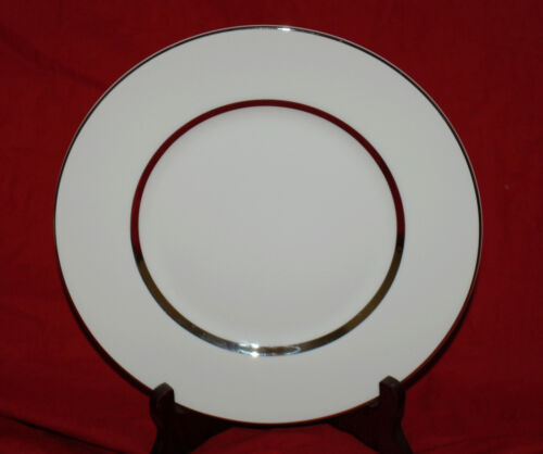 "1 834"" Royal Doulton China Lunch Plates Silver Lining"