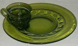 Tiffin-Green-Glass-KINGS-CROWN-Thumbprint-Snack-Plate-Tray-Cup-Set-FREE-US-Ship