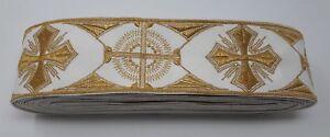 Vintage-Orphreys-Croce-Design-8-9cm-Color-Oro-Lame-su-Spento-Bianco-Fascia-12-8m