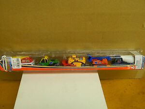 Matchbox-HERO-CITY-Series-5-PACK-Construction-Vehicles-Mint-Good-Pkg-2003-VHTF