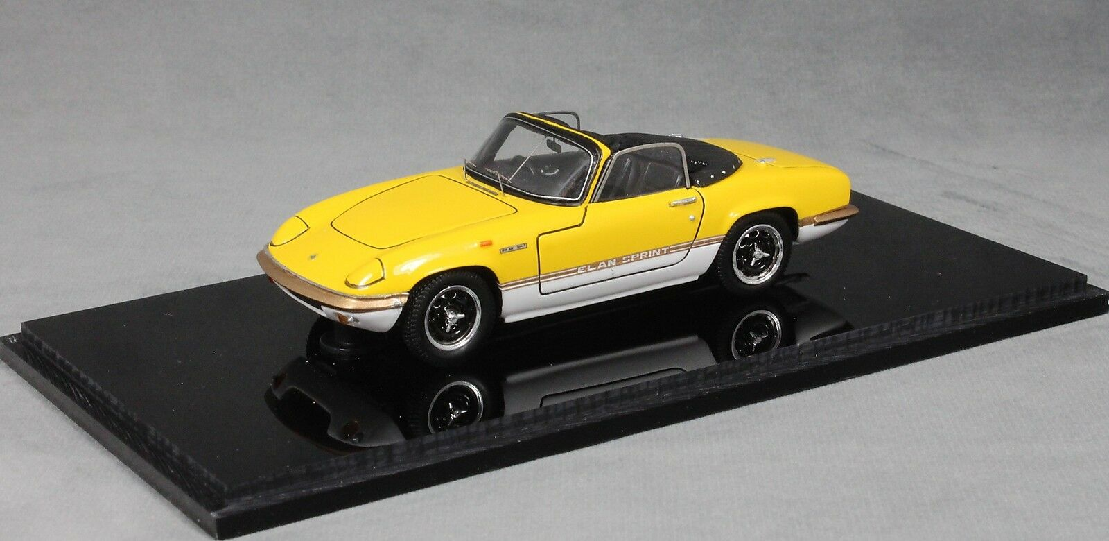 Spark Lotus Elan S4 Sprint Drop Head Coupe in Yellow Yellow Yellow 1971 S2227 1 43 NEW 87a913