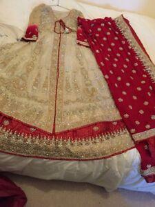 Asian-Wedding-Dress-Pakistani-Indian-bridal-wear-lehnga