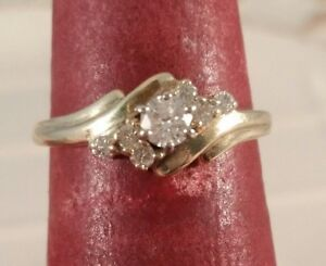 10K-Yellow-Gold-Genuine-Diamond-Solitaire-FREE-SIZING