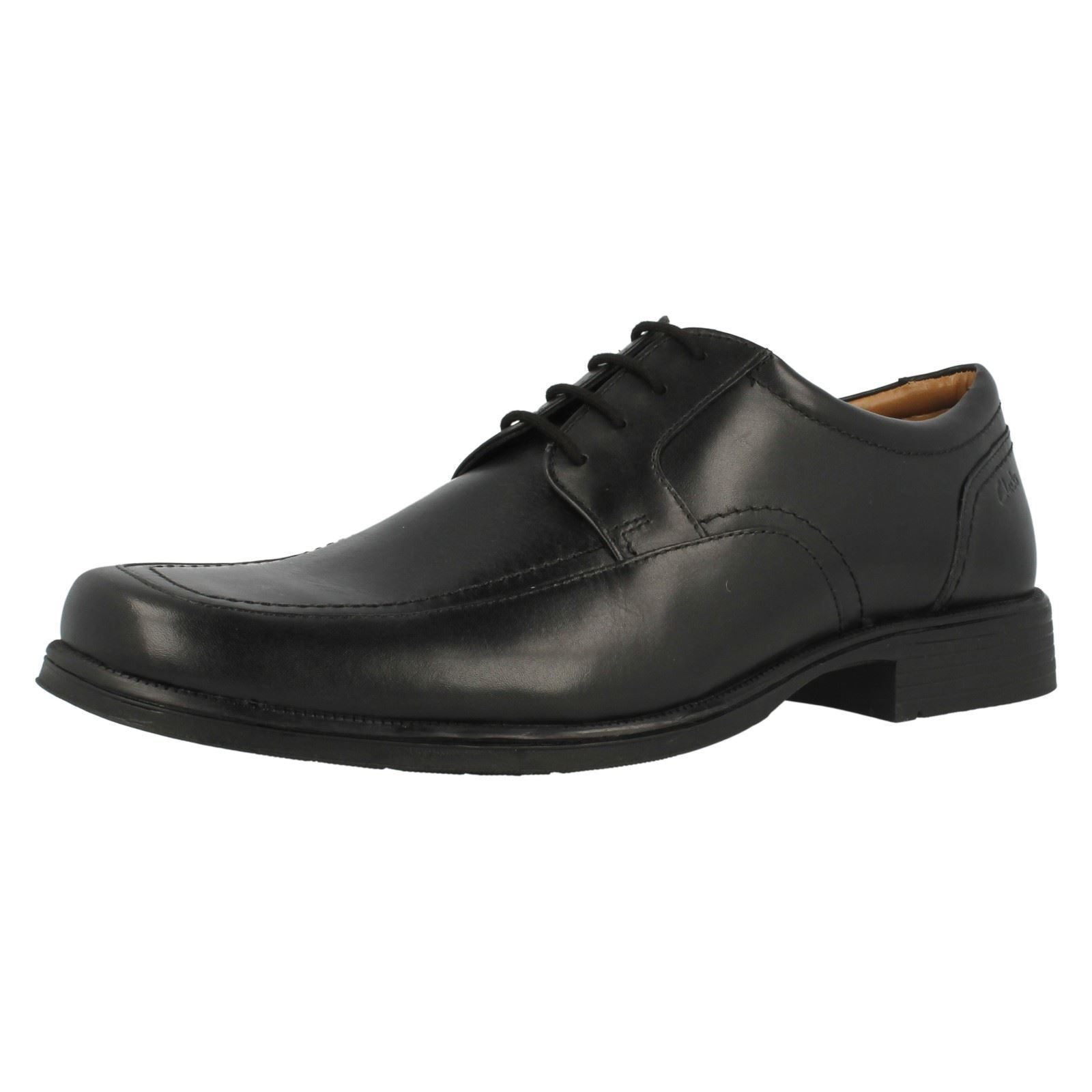 Mens Clarks Huckley Spring Black Leather Smart Lace Up Shoes Standard G Fitting