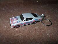 1966 1967 Plymouth Hemi Cuda Barracuda Diecast Model Toy Car Keychain Silver