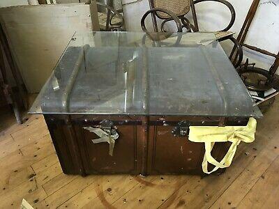 Antiker Reisekoffer Mit Glasplatte Koffer Überseekoffer Reinigen Der MundhöHle.
