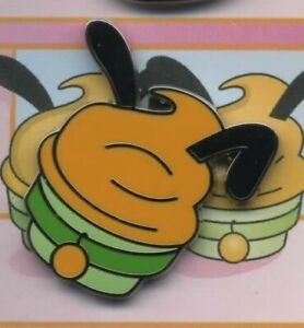 DISNEY PLUTO CHARACTER CUPCAKE MINI PIN