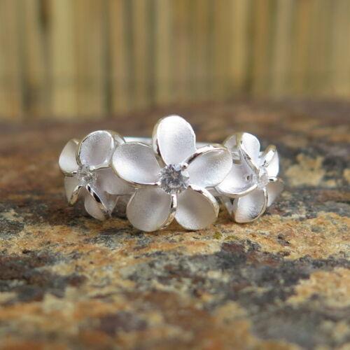 Hawaiian Silver Three Plumeria Flowers Clear CZ Wedding Ring Band 10mm SR2071