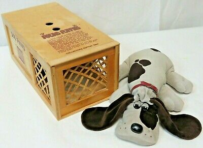 Details about  /Vintage 1984 Collector's Edition Pound Puppy /& Collectors Wood Dog Pound Crate