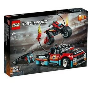 Playset-Technic-Stunt-Show-Truck-And-Bike-Lego-42106